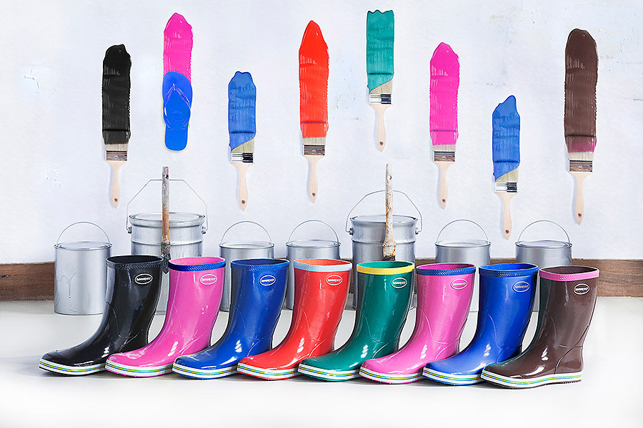Havaianas Rainboots Painting Campaign